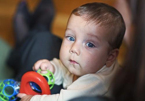 APTAUJA: Izvēloties multivitamīnus bērnam, 88% vecākiem svarīgākais ir to sastāvs