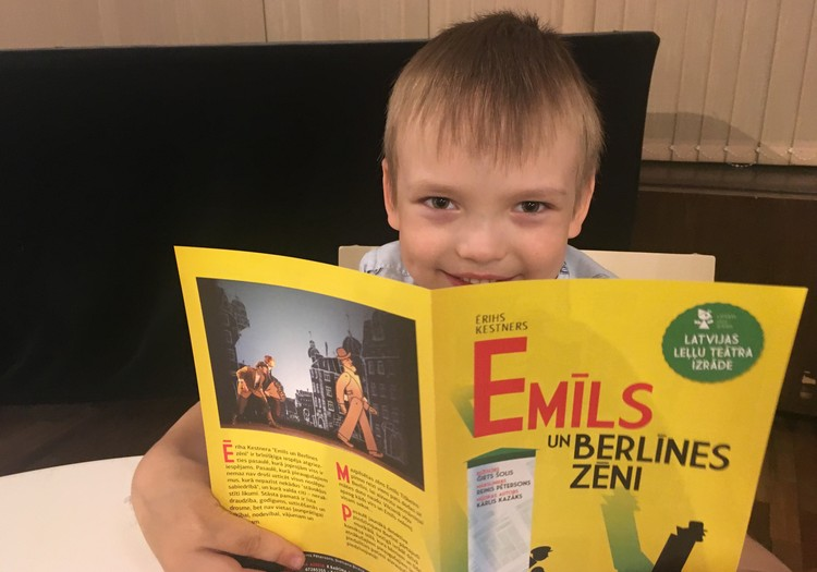 Teātra sezonu noslēdzām ar izrādi par Emīlu un Berlīnes zēniem