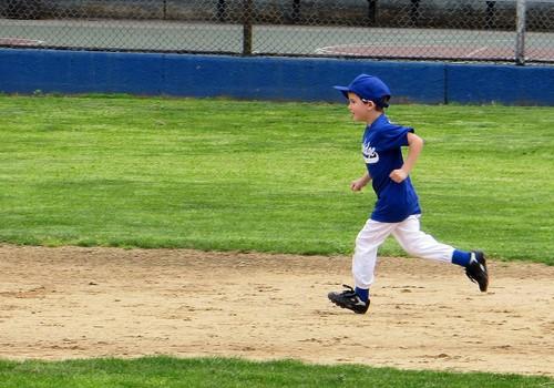 Ievērojot vispārējus piesardzības pasākumus, varēs vairāk mācīties un sportot