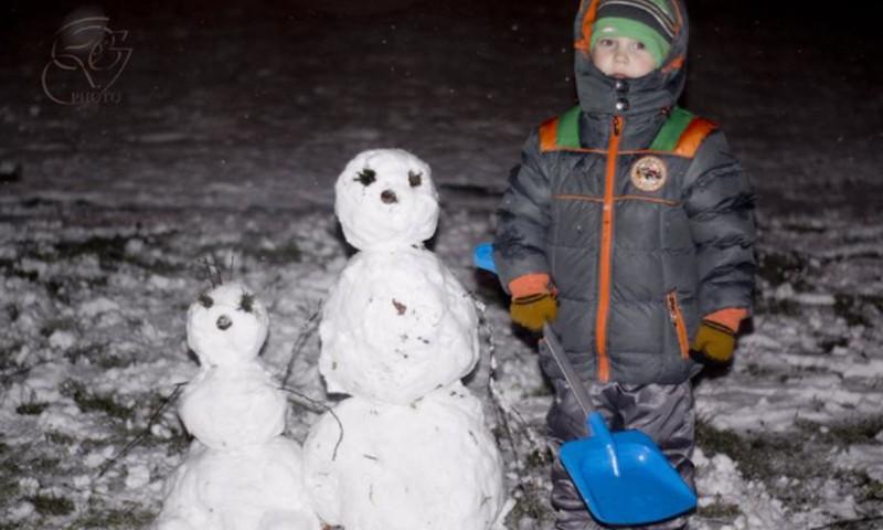 BRĪVDIENU KONKURSS: Parādi ziemas bildes un laimē sveicienu Tavam bērnam no paša Ziemassvētku vecīša!