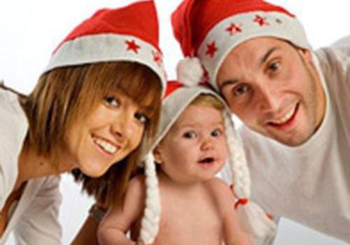 10 idejas, kā pavadīt Ziemassvētkus kopā ar mazuli