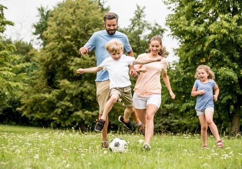Kopīgas ģimenes aktivitātes saliedē, stiprina un dara bērnus laimīgus