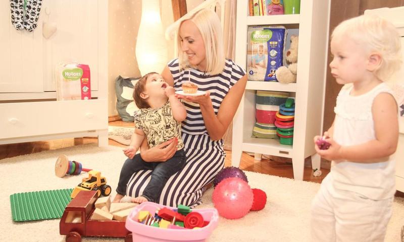 Urrā - Māmiņu Kluba raidījuma vadītājai Kristīnei Virsnītei ŠODIEN dzimšanas diena