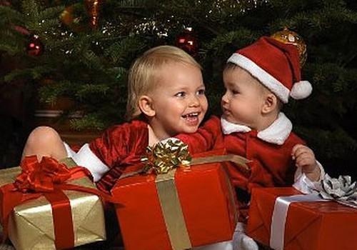 Ieteikumi bēbīša pirmajiem Ziemassvētkiem