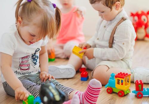 Droša bezkontakta iepirkšanās un idejas, kā kvalitatīvi pavadīt laiku kopā ar bērniem