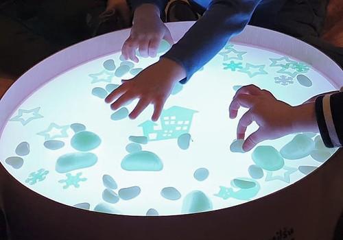 Māmiņu Kongresā bērni varēs rotaļāties ar Smilšu lampām