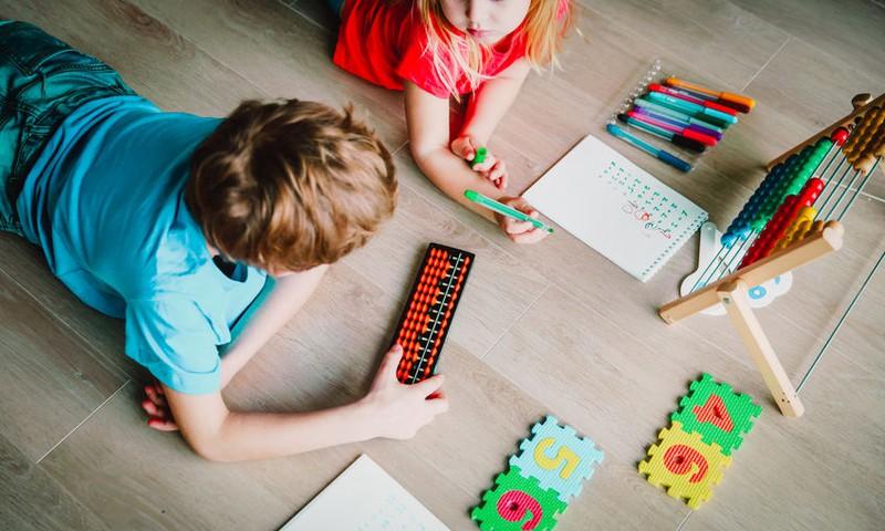 Piesakies nodarbībām, kas palīdzēs Tavam bērnudārzniekam apgūt aritmētiku!