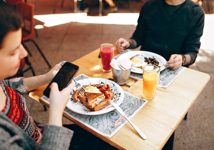 Apzināta ēšana, apzināta dzīve – 8 nodarbību cikls