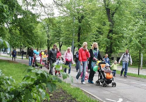 BLOGU KONKURSS: Pavasarīgās pastaigas ar mazuļiem
