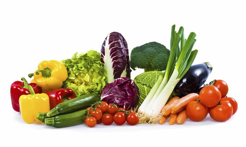 Sākusies bezmaksas augļu un dārzeņu dalīšana izglītības iestādēs