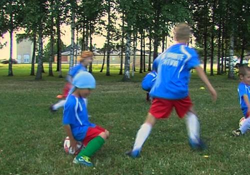 VIDEO: Kāpēc vest mazo spēlēt futbolu?