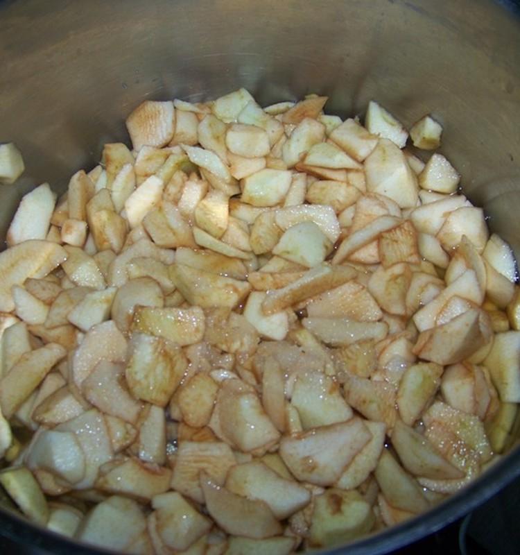 Augusta debesmanna ar āboliem