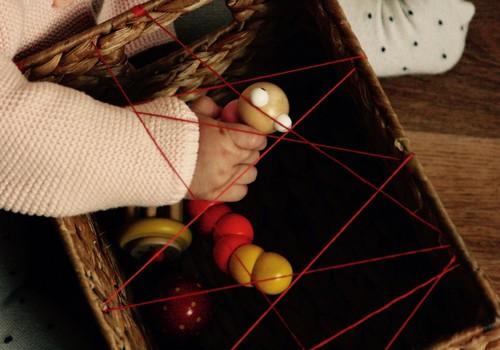 DIY Zirnekļa tīkla kaste