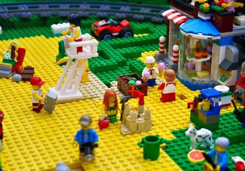 LAIMĒ rotaļām LEGO komplektu!