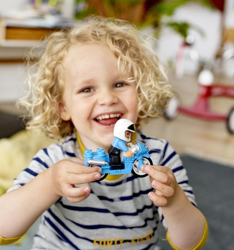 Kāpēc un kā vairot bērnā radītprieku + KONKURSS