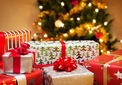 Ziemassvētki tuvojas: dāvanas