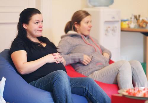 Kādos gadījumos var saņemt slimības lapu grūtniecības laikā?