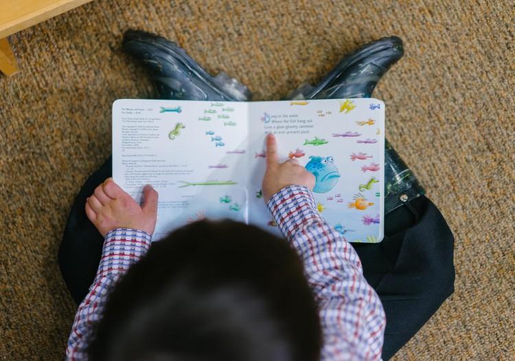 Izaicinājums- iemācīt dēlam lasīt