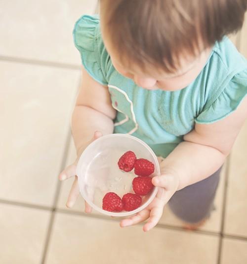 Dzelzs mazuļu uzturā: kāpēc ir vērts mazus bērnus radināt pie gaļas ēšanas Konsultē ārste pediatre Anna Birka