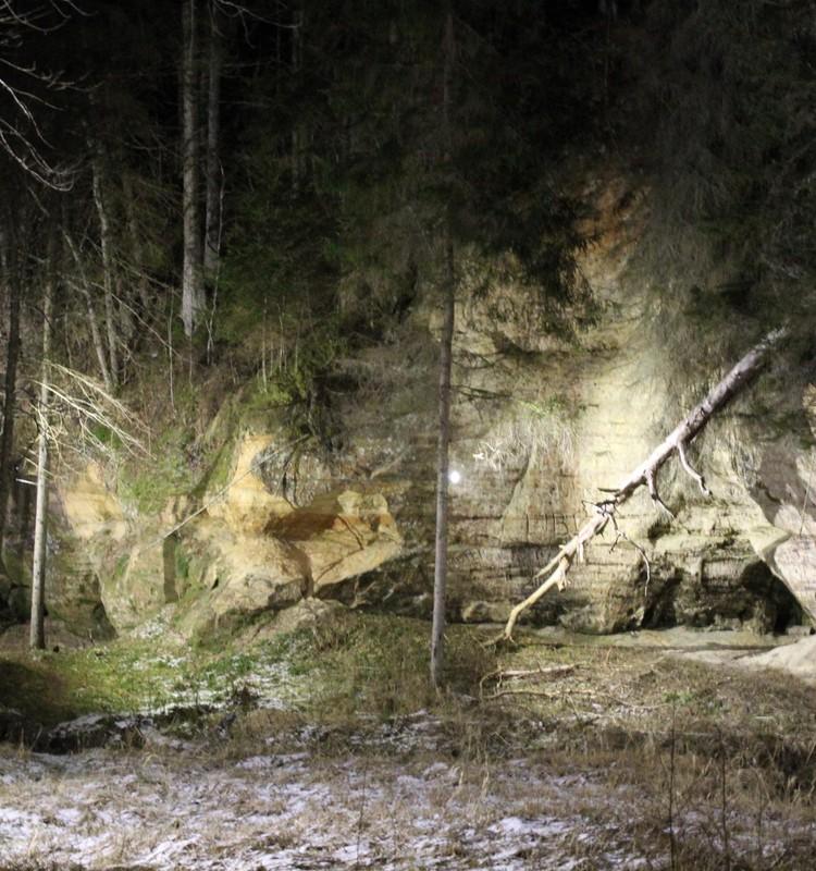 Cecīļu dabas takas – skarbs skaistums arī ziemā un tumsā