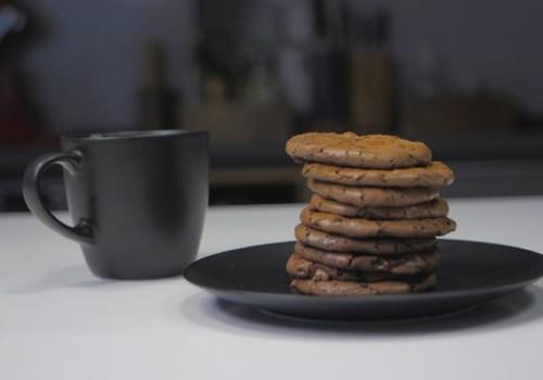 VideoRECEPTE: Šokolādes un piparkūku garšvielu cepumi
