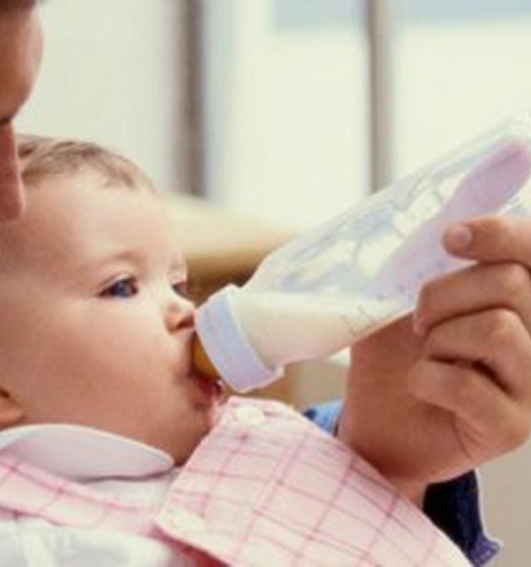 PVD Pārtikas centrs izveidojis sarakstu ar atļautajiem mākslīgajiem maisījumiem zīdaiņiem