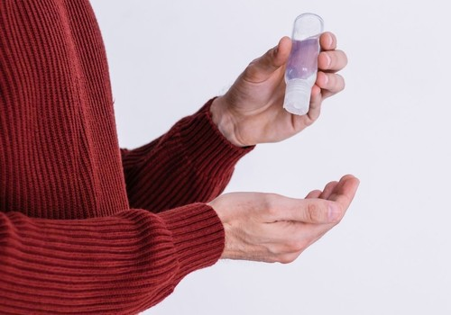 Kādi ir nekvalitatīvu dezinfekciju līdzekļu lietošanas riski?