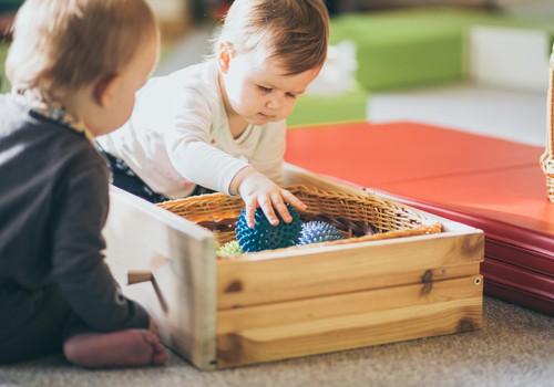 #TEIRDARBS! Aicinām darbā Māmiņu Kluba bērnudārzā no 2020.gada marta!