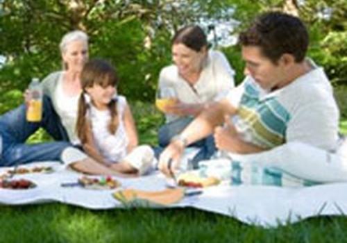"""Notiks ģimeņu aktīvās atpūtas pasākums """"Mazais stiprinieks"""" un Māmiņu Kluba pikniks"""