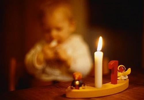 Ik dienas apdedzinās pa vienam mazulim; svētku laikā negadījumu skaits pieaug