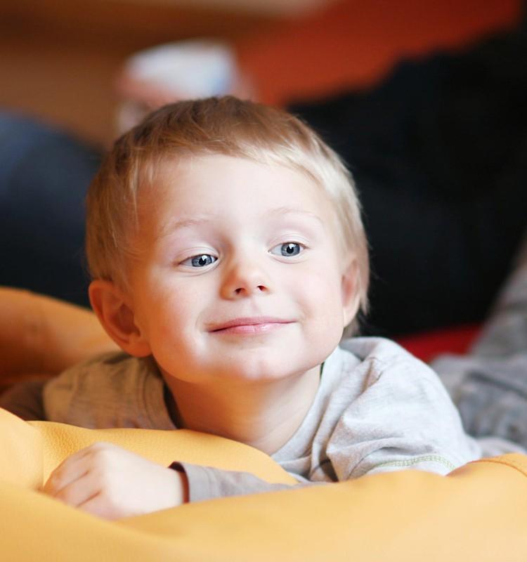 Nepopulāras domas par populāru problēmu: kā tikt galā ar bērnu audzināšanu?!