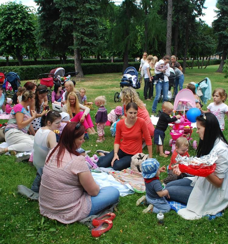 Pikniks Ziedoņdārzā - UZMANĪBU!!TIEK MAINĪTS DATUMS LAIKAPSTĀKĻU DĒĻ!!!
