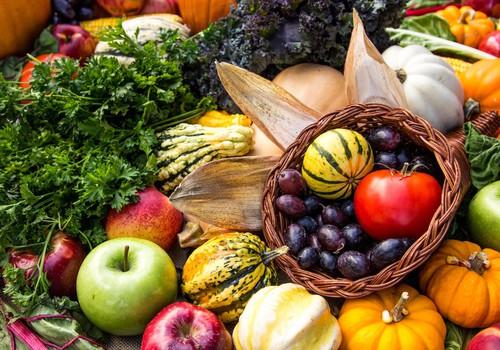 Uztura speciāliste: dārzeņi un rudens augļi var palīdzēt novērst oksidatīvo stresu