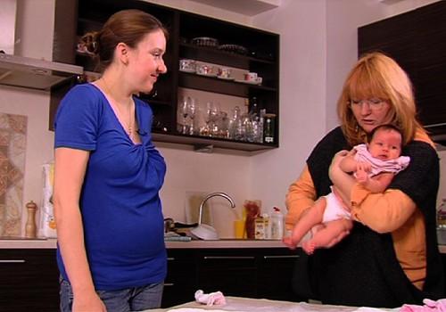 """VIDEOstāsts programmā """"Vecmāte steidz palīgā"""": fizioterapeite Klaudija Hēla"""