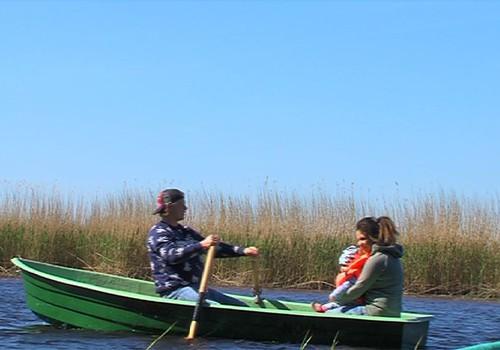 VIDEO: dodamies laivu izbraucienā ar ģimeni