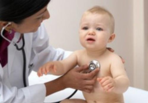 Vai ārsts drīkst atteikties no bērna aprūpes, ja vecāki atteikušies no vakcinācijas?
