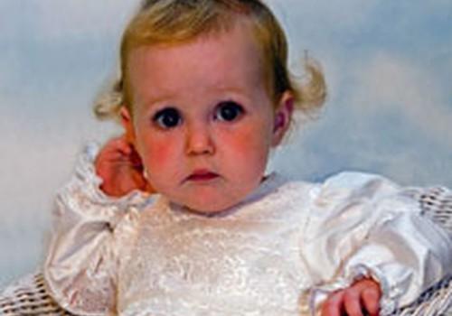 Kurā vecumā kristīt bērniņu?