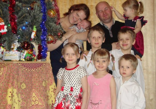 Piektdien ONLINE TV Māmiņu Klubā viesosies 7 bērnu māmiņa!