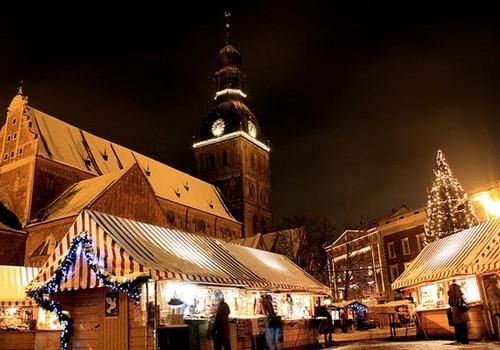 1. decembrī Rīgā iedegs svētku egli un sāks darboties Ziemassvētku tirdziņi