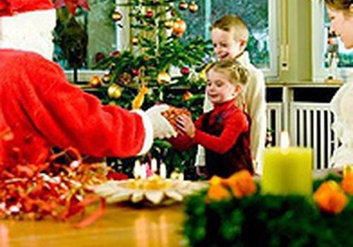 Kad jūsmājās sāka nākt Ziemassvētku vecītis?