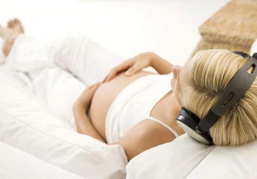 VIDEO: Deju un kustību terapija grūtniecības laikā