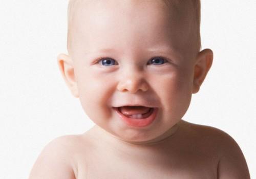 Kā izvēlēties zobu pastu un zobu birsti mazajiem un lielajiem bērniem?