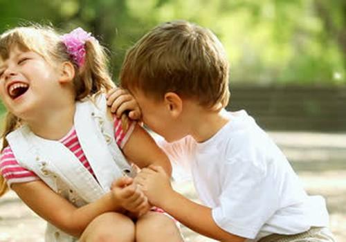 Bērnu smieklīgie izteicieni: Runā Māmiņu Kluba vecāku bērni!