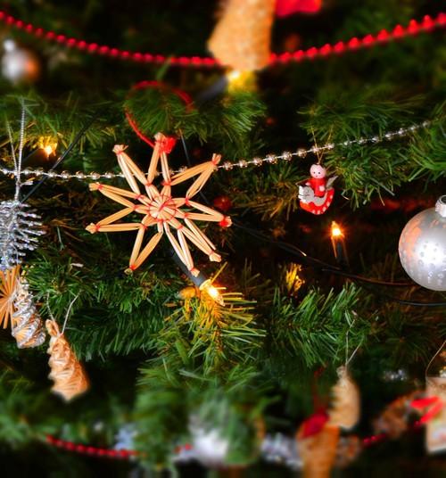 10 sirsnīgas grāmatas bērniem Ziemassvētku laikam