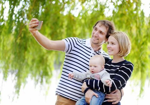 Atbalsts auklēšanā: noderīgas lietotnes jaunajiem vecākiem