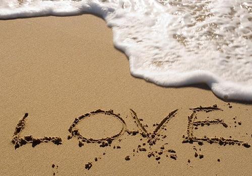 Vajag, lai cilvēks mīlētu-un viņu kāds mīlētu ļoti!