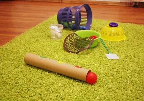 Radoši, praktiski, mūsdienīgi: Jebkurš priekšmets var būt rotaļlieta!
