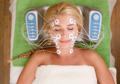 Laimē sejas atjaunojošanas procedūru no Ultratone kosmetoloģijas telpa!