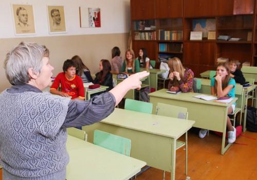 Nākamgad 20 izglītības iestādēs izmēģinās mācīt bērnus no sešu gadu vecuma