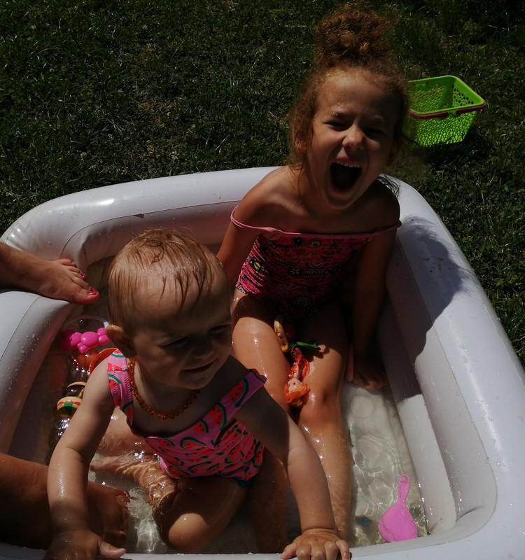 Ikdiena ar bēbīti: ūdens prieki mazulim